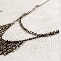 NECKLACE PARAMORE