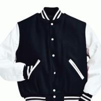 sweater clasic basseball size : M
