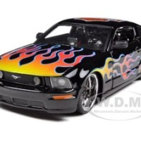 2006 Ford Mustang GT (Maisto)