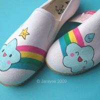 Sepatu Lukis Rainbow Cute