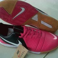 Sepatu Futsal Nike CTR360 Pink Itam