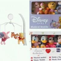 Baby Musical Mobile Disney (pooh&mickey).Mainan Untuk di Boks Bayi