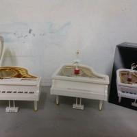 music box grand piano