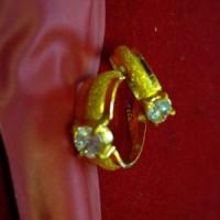 Cincin emas buat tunangan