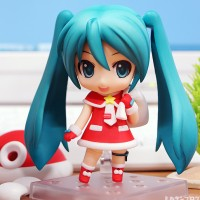 Christmas Edition Nendoroid Hatsune Miku Winter Santa Ver. NO.280 PVC Action Figure toy Christmas gift