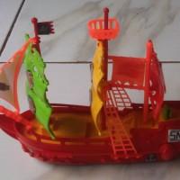 Mainan Kapal Layar