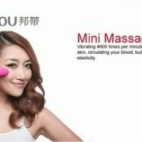 Mini Vibrator Face Massager