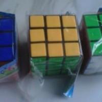 Mainan Rubics (Asah Otak)