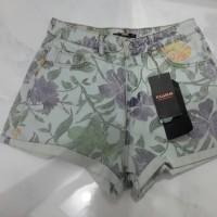 Celana Pendek Hot Pants Pull and Bear Original