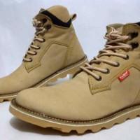 sepatu kickers boot premium