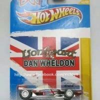 Hot Wheels Dan Wheldon DW 1
