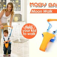 Moby Baby Moon Walk   Alat Bantu Jalan Bayi