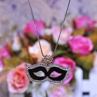 Kalung Panjang Rantai Emas Liontin Topeng Mata Venesia dengan Kristal
