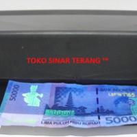 harga Money Detector Uv - Lampu Tester Ultraviolet Pendeteksi Uang Palsu Tokopedia.com