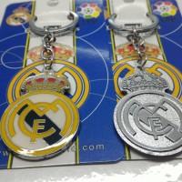 Gantungan kunci Metal Real Madrid logo bolak balik new (import)