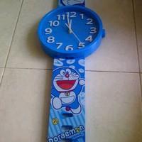 Jam Dinding Arloji Doraemon