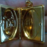 Liontin Bentuk Album Foto + Tulisan Arab ALLAH