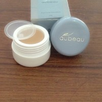 AUBEAU TRUE COVER FOUNDATION NO 05 (light beige) KRIM ALAS BEDAK