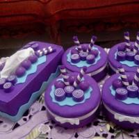 Set Toples Plastik Hias Flanel Grape Party