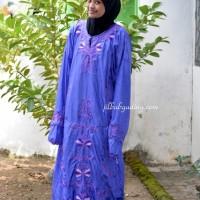 Abaya Pita Wall