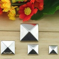 Silver Pyramid Studs
