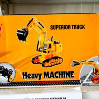 "Mainan Remote Control ""Traktor"" Heavy Machine"