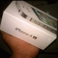 IPHONE 4S 32GB WHITE & BLACK
