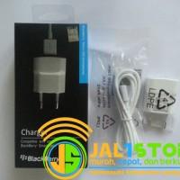 Charger Blackberry (BB) Travel Charger Ori Original Model USB Black White (Hitam Putih)
