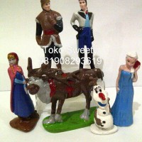 Patung Kue Ulang Tahun Frozen