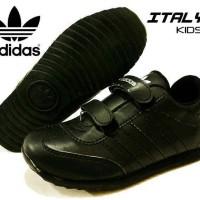 sepatu adidas kisd full black