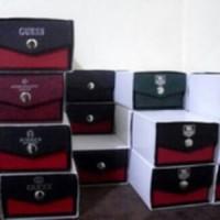 BOX KANCING JAM TANGAN