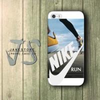 Nike Run Wallpaper iPhone Case Lari , Casing HP, Casing iPhone , tersedia Type 4 4s 5 5s 5c