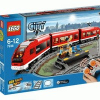 LEGO 7938 CITY Passenger Train