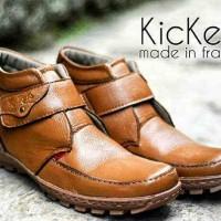 Sepatu Kickers Boot Leather Black & Tan