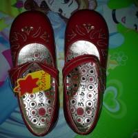 sepatu anak merah Beebug sz.30