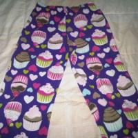 Celana Tidur merk Carter motif love cupcakes