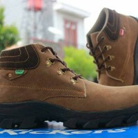 Sepatu Kickers Boot Sol tracking