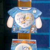Frame Doraemon Full Body Love