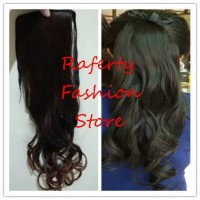 ponytail ikat curly