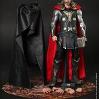 Hot Toys Thor (The Dark World)
