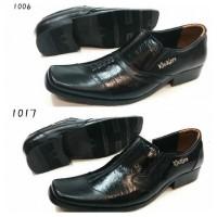 harga Sepatu Pantofel Kickers Pria Tokopedia.com