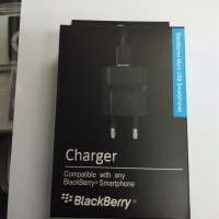 Charger / Cas Handphone BB Blackberry Dakota Bold 9900 ORI China