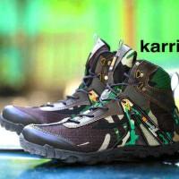 Sepatu boot pria karrimor army 01