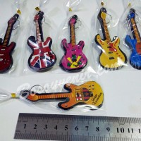 Souvenir Gantungan Kunci Gitar