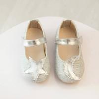 Shoes Girl  B10822 ~ Silver Moon