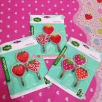 Hanger / hook / gantungan strawberry