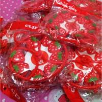 Laundry Pinch strawberry / Gantungan jemuran strawberry