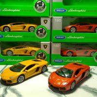 Diecast welly nex 1:60 Lamborgini Aventador kuning / orange