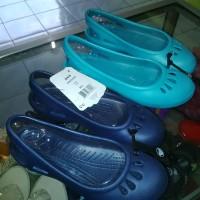 harga sepatu sandal crocs malindi ori,flat shoes,flatshoes karet Tokopedia.com