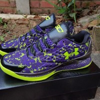 harga under armour curry one low